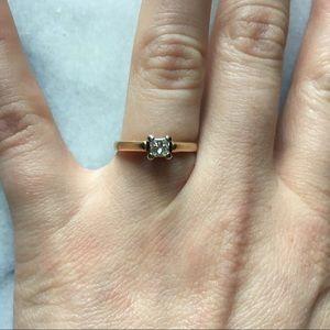 Jewelry - 10K Gold 1/4 Karat engagement ring 5